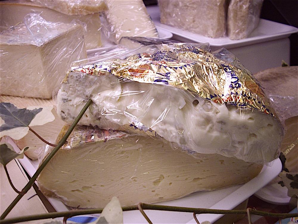 la-bottega-di-edo-vacciago-ameno-lago-dorta-formaggi-4